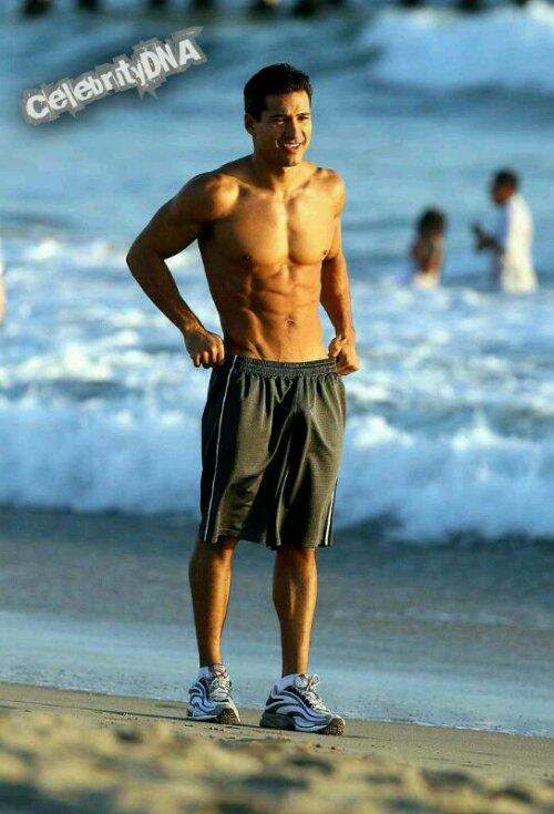 Mario Lopez  Bulges  Celebritydna-6334